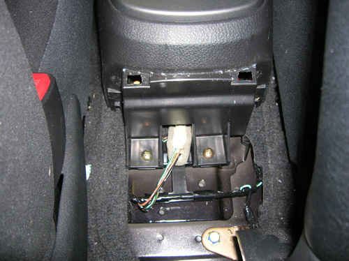 Rear scews on cetnre console